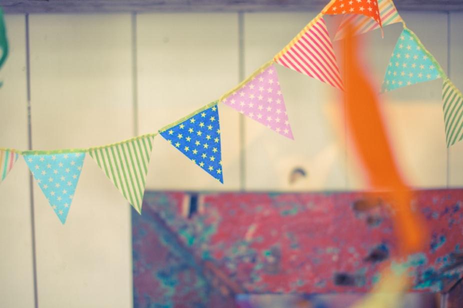 「自宅で仲間と盛り上がれる、誕生日パーティのアイデア」