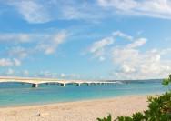 沖縄の神秘的な世界を満喫する誕生日デートスポットの詳細へ